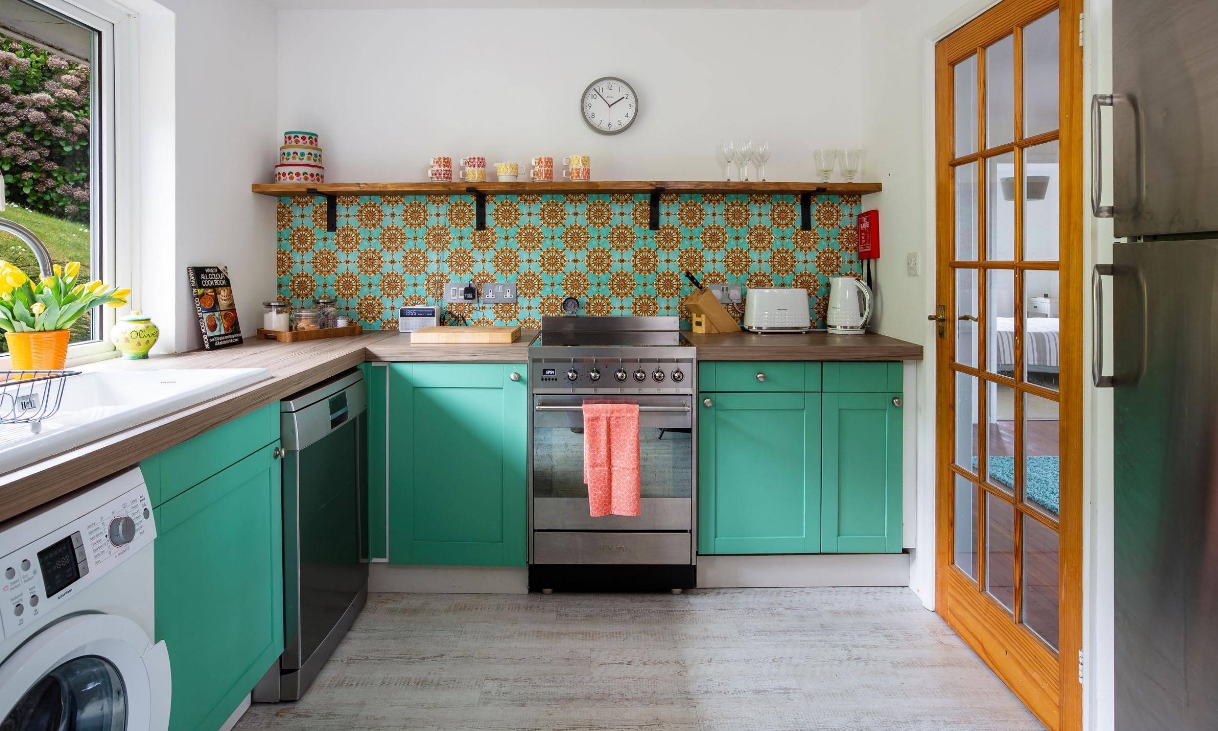 Osprey bright kitchen