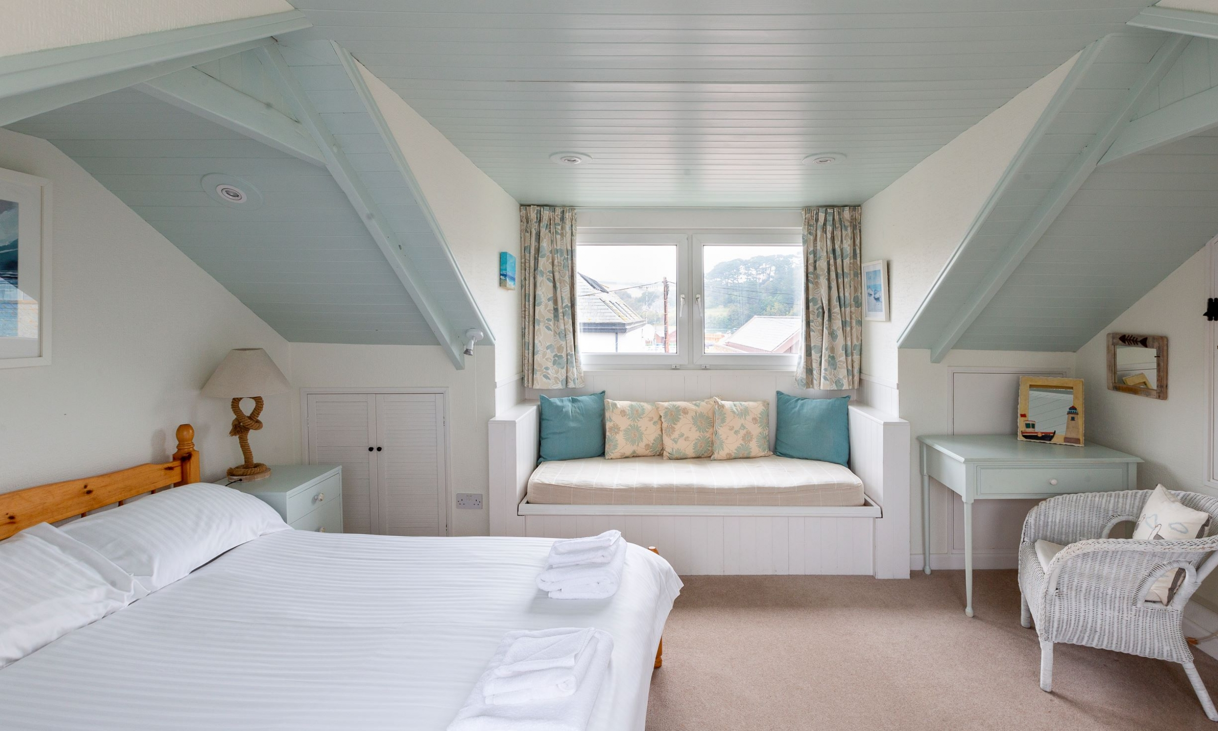 top bedroom with views over quay